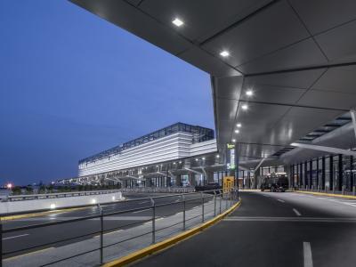 上海虹桥机场T1航站楼